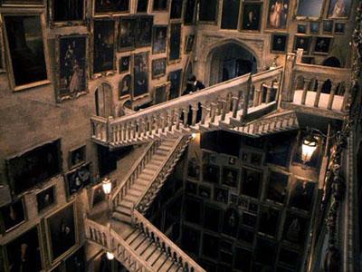 http://potter.clan.su/Games/Harry_Ginny/lestnica.jpg